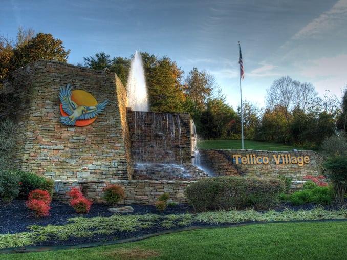 Tellico Village Entry